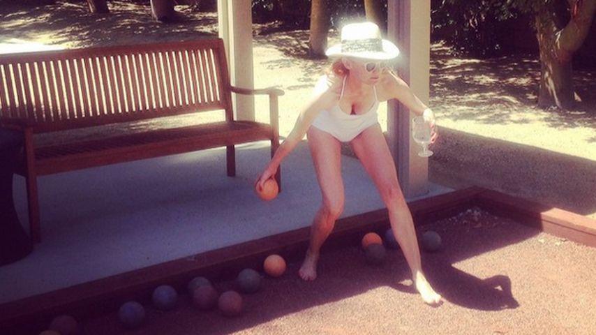 Hallöchen! Diane Kruger lässt im Badeanzug tief blicken