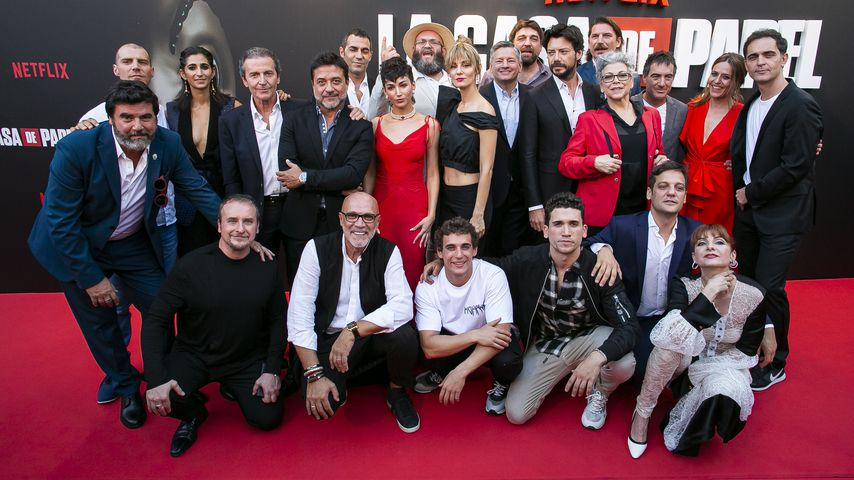 """Die Crew der Serie """"Haus des Geldes"""" während der Premiere der dritten Staffel, 2019 in Madrid"""