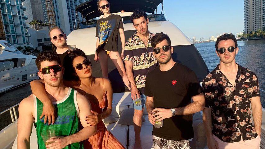 Jonas-Party: Nick, Pri, Joe & Sophie im Bollywood-Fieber!
