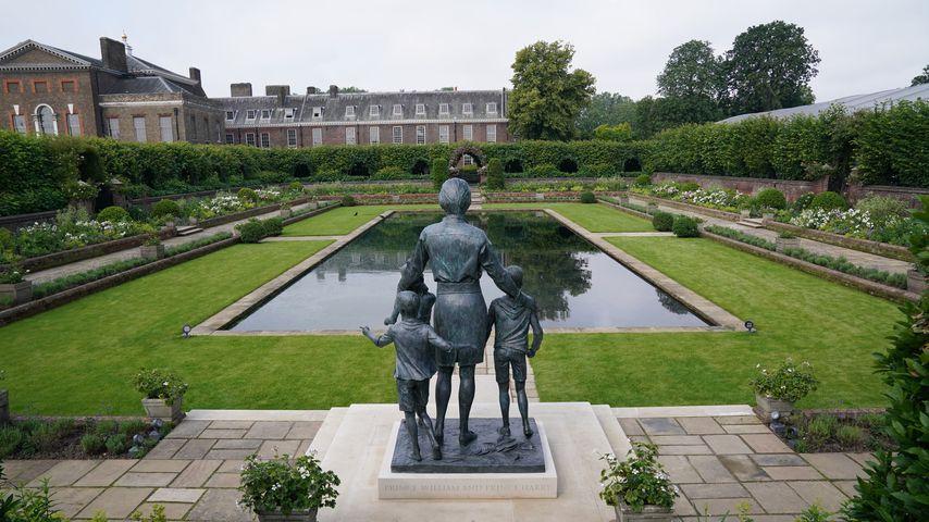 Die Statue zu Ehren von Prinzessin Diana im Sunken Garden