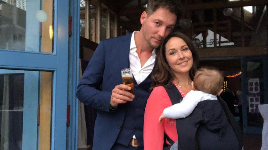 Dirk Moritz und Renée Weibel mit ihrem Sohn