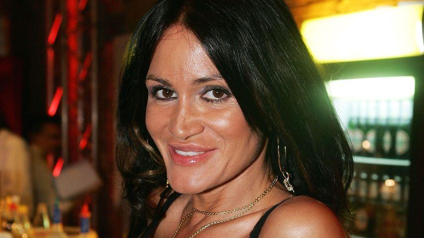 Brust-OP bei Djamila Rowe: Sie hatte Angst um ihr Leben!