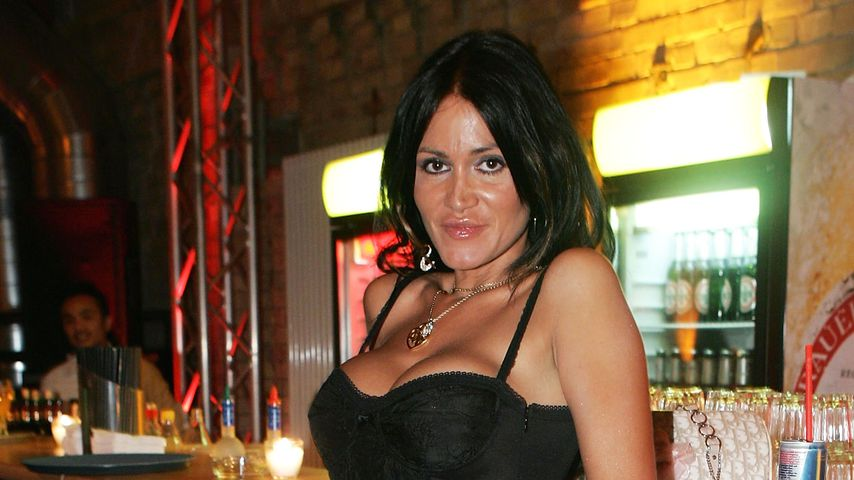 Society-Lady Djamila Rowe