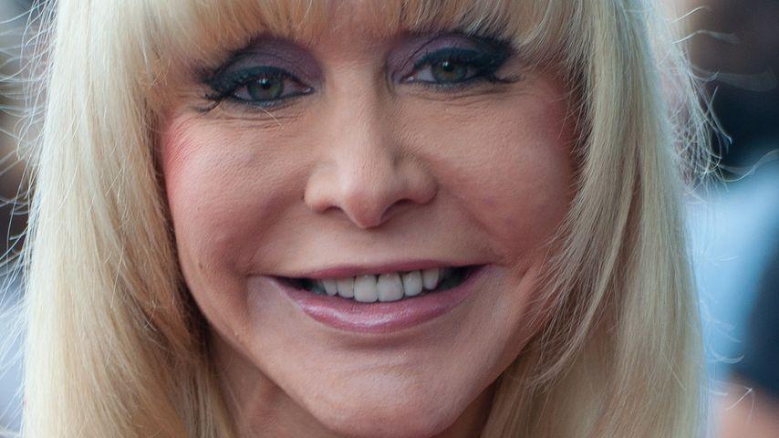 Busen-Feindinnen: Naddel-Diss von Dolly Buster