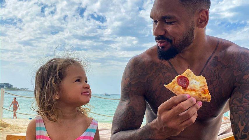 Dominic Harrison mit seiner Tochter Mia, April 2020