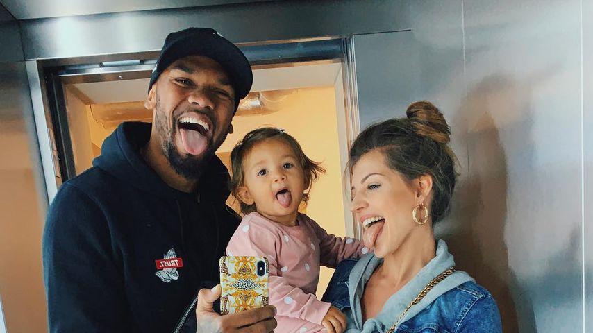 Dominic und Sarah Harrison mit ihrer Tochter Mia Rose