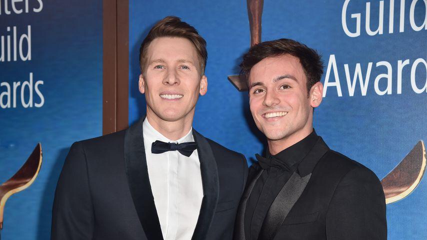 Dustin Lance Black und Tom Daley bei den Writers Guild Awards 2018