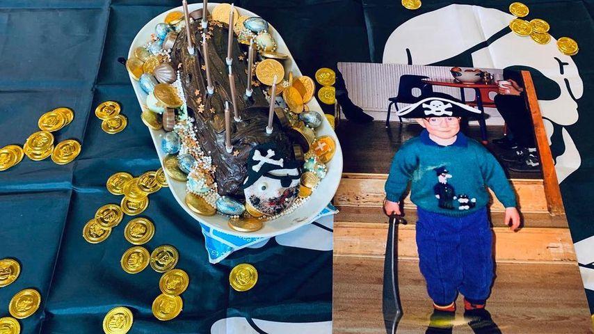 Ed Sheerans Geburtstagskuchen neben einem Foto aus Kindertagen