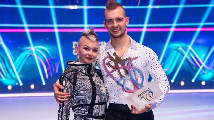 "Edith und Eric Stehfest bei ""Dancing on Ice"""