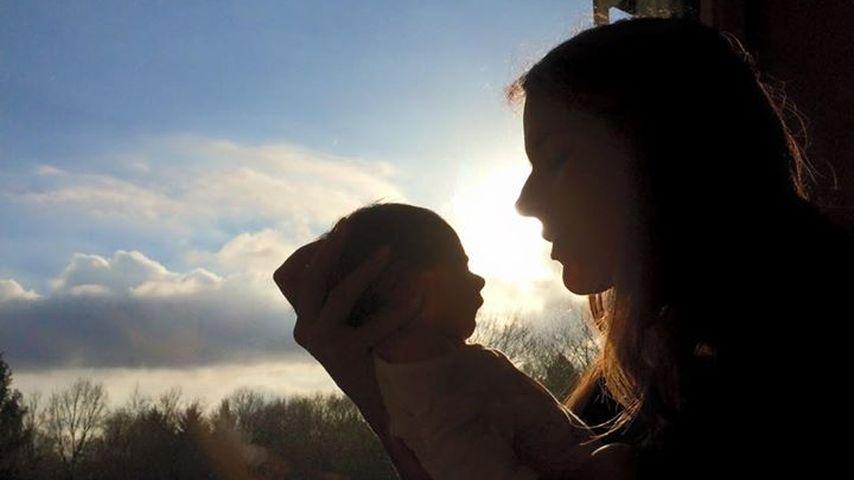 Im Baby-Glück: RTL-Moderatorin Elena Bruhn ist Mama geworden