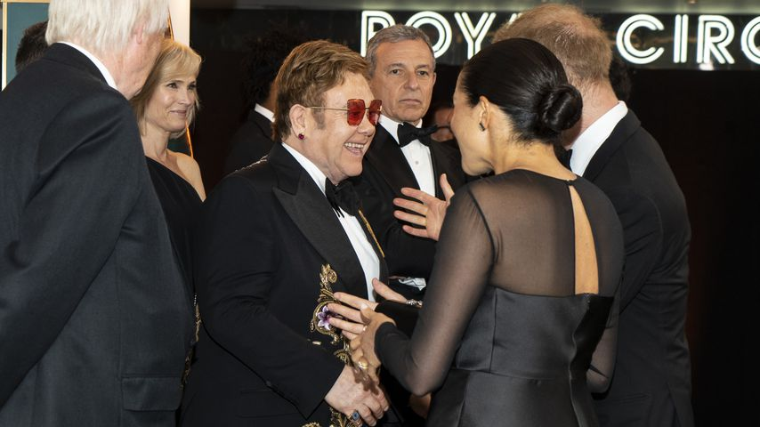 """Elton John, Herzogin Meghan und Prinz Harry bei der """"König der Löwen""""-Europa-Premiere"""