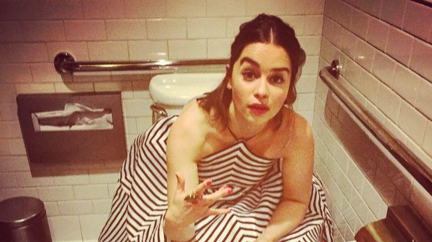 Heikles Geschäft: Klo-Panne bei GoT-Emilia Clarke