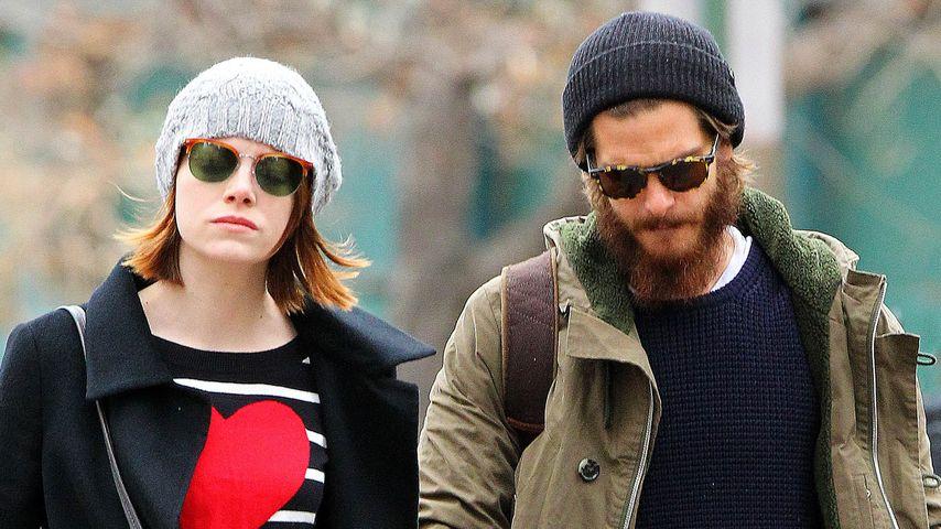Schlendern mit ihrem Andrew: Emma Stone zeigt Herz
