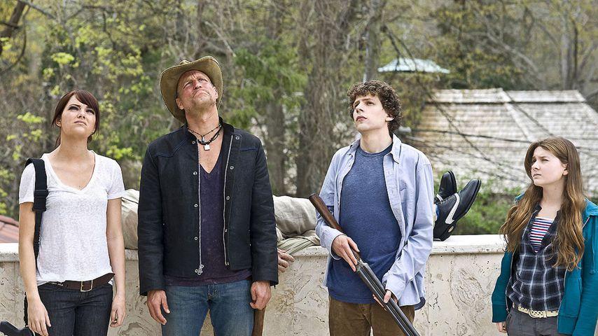 "Emma Stone, Woody Harrelson, Jesse Eisenberg und Abigail Breslin in ""Zombieland"""