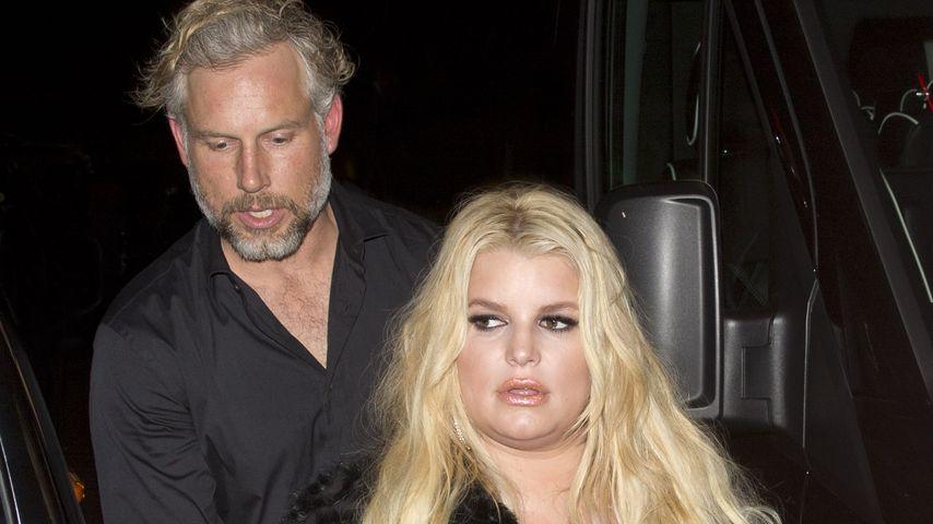 """Eric Johnson und Jessica Simpson nach einem Konzert im """"Roxy"""" in L.A."""