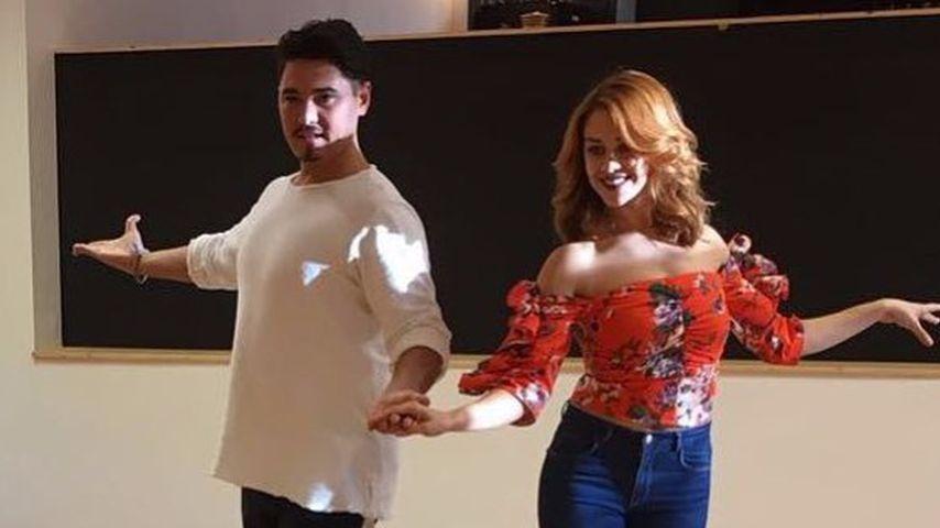Erich Klann und Oana Nechiti in ihrer Tanzschule