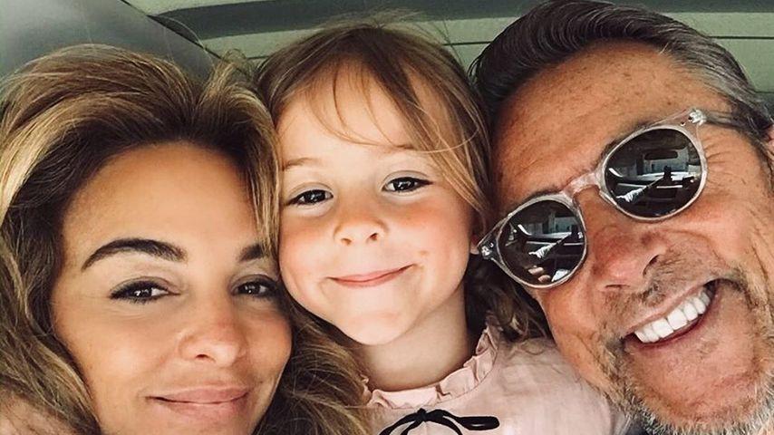 Estefania Heidemanns mit ihrer Tochter Milla und ihrem Mann Markus im Mai 2020