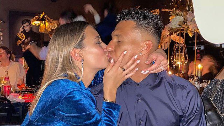 Ein Jahr verlobt: Evelyns süße Worte an Kicker Davie Selke