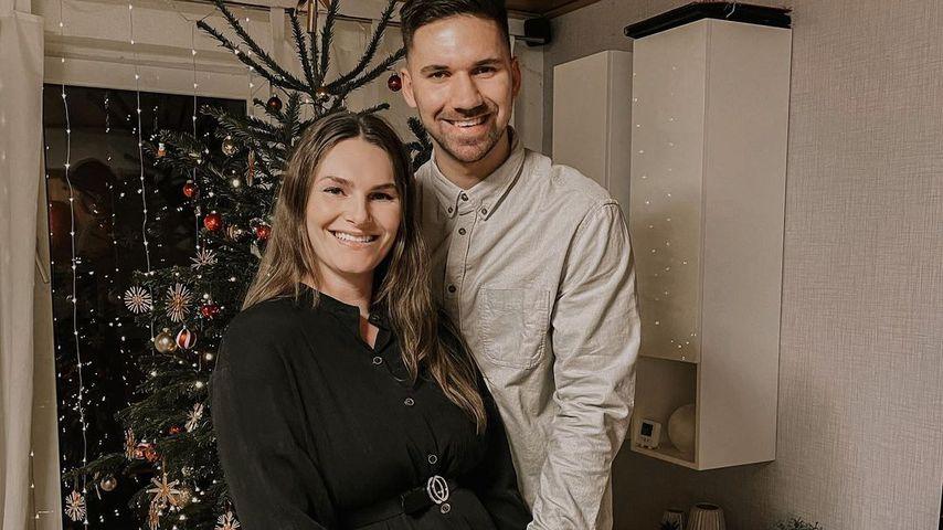 Fabian Wiede und sein schwangere Freundin zu Weihnachten 2020