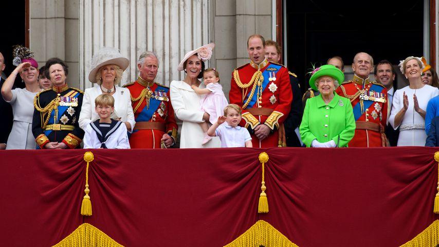 """Schaut sich die britische Royal-Family """"The Crown"""" an?"""