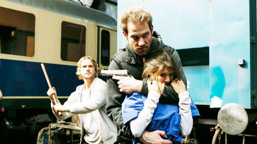 Finn (Christopher Kohn), Damian (Christian Feist) und Pauline (Maike Johanna Reuter)