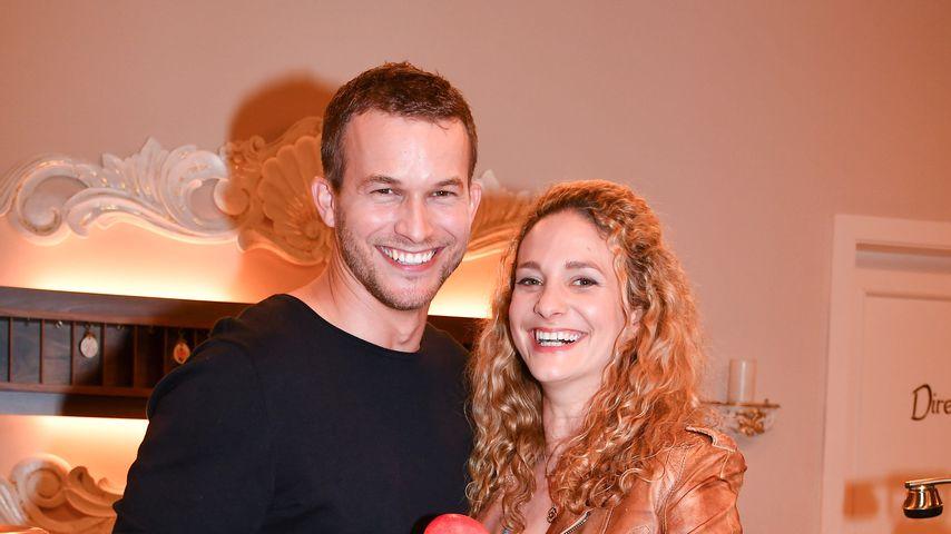 "Florian Frowein und Léa Wegmann beim Fotocall der 16. Staffel ""Sturm der Liebe"""