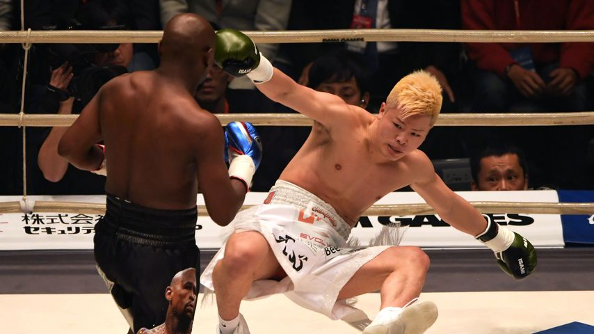 Floyd Mayweather Jr. trifft Tenshin Nasukawa bei einem Show-Kampf 2018