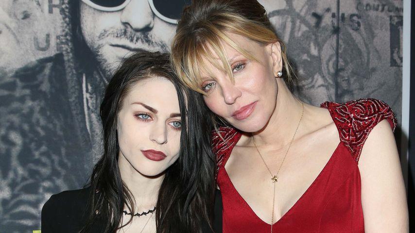 Frances Bean Cobain und ihre Mutter Courtney Love