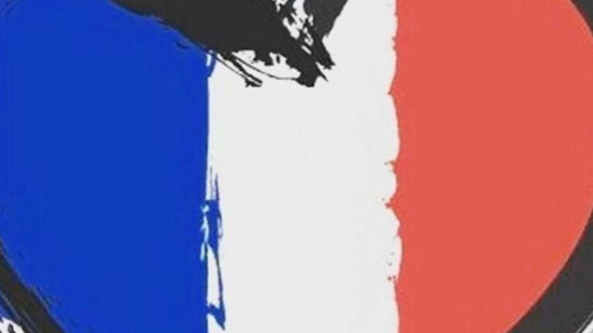 Französische Flagge mit einem Herz