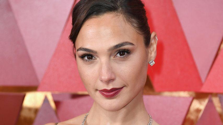 """Wonder Woman""-Star Gal Gadot bekommt Rolle als Cleopatra!"