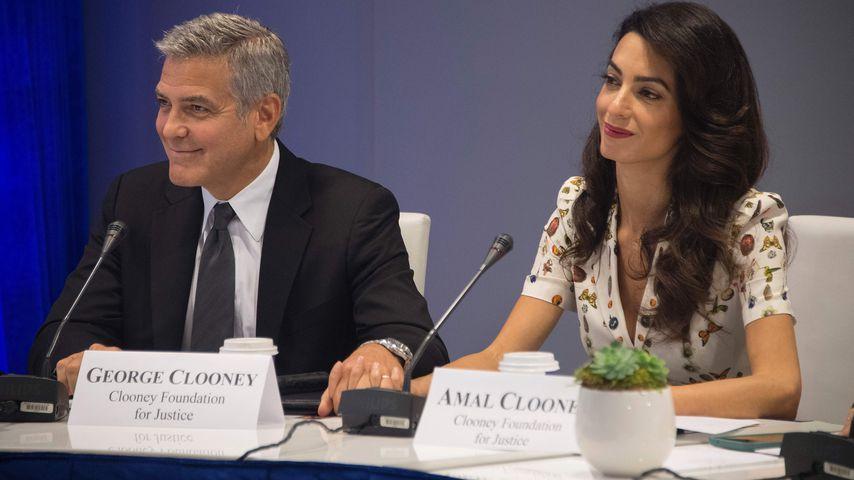 George und Amal Clooney bei einer United Nations Versammlung