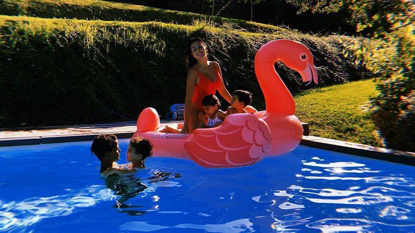 Georgina Rodriguez mit ihren und Cristiano Ronaldos Kindern