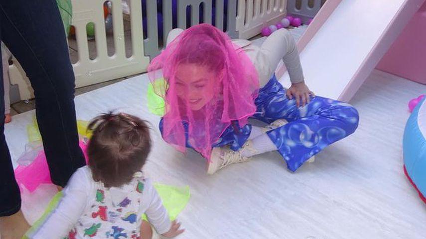 Gigi Hadid und ihre Tochter Khai im Oktober 2021