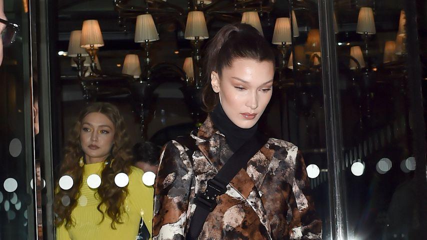 Wilder Mustermix: Gigi und Bella Hadid bei Dinner in Paris