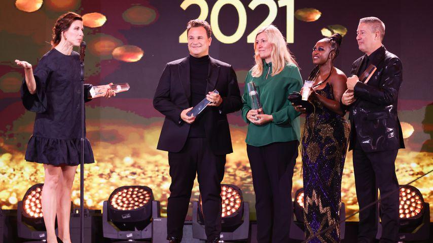 Guido Maria Kretschmer, Katja Rieger, Motsi Mabuse, Joachim Llambi beim Deutschen Fernsehpreis 2021