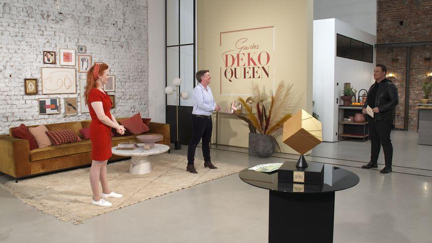"""Guido Maria Kretschmer (rechts) in der ersten Folge von """"Guidos Deko Queen"""""""