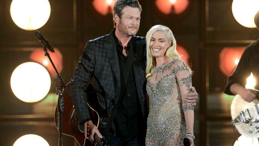 Gwen Stefani und Blake Shelton auf der Bühne bei den Billboard Music Awards