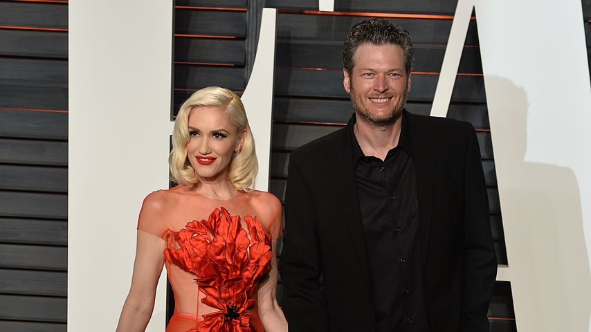 Heiß! Gwen Stefani & Blake Shelton feiern Red-Carpet-Debüt