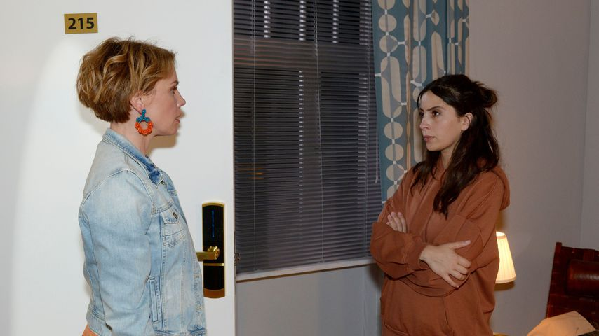 GZSZ-Szene mit Yvonne (Gisa Zach) und Laura (Chryssanthi Kavazi)