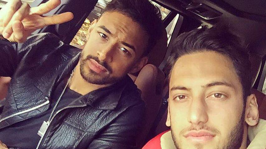 Bayer-Leverkusen-Profis Hakan Calhanoglu und Karim Bellarabi