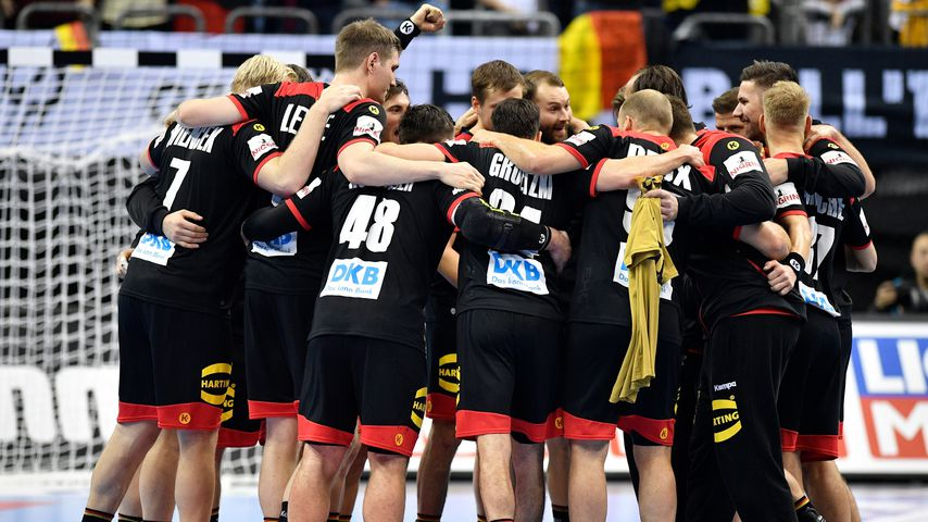 WM-Auftakt geglückt: Deutsche Handballer lassen Fans jubeln!