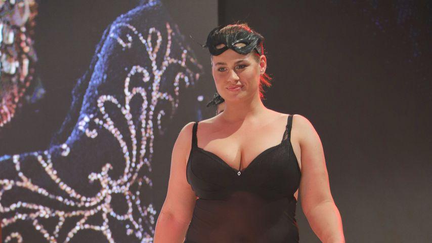 Hanna Wilperath bei der Fashion Show von Ernsting's family