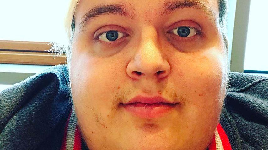 Üble Pöbel-Attacke! Facebook-Star muss ins Gefängnis