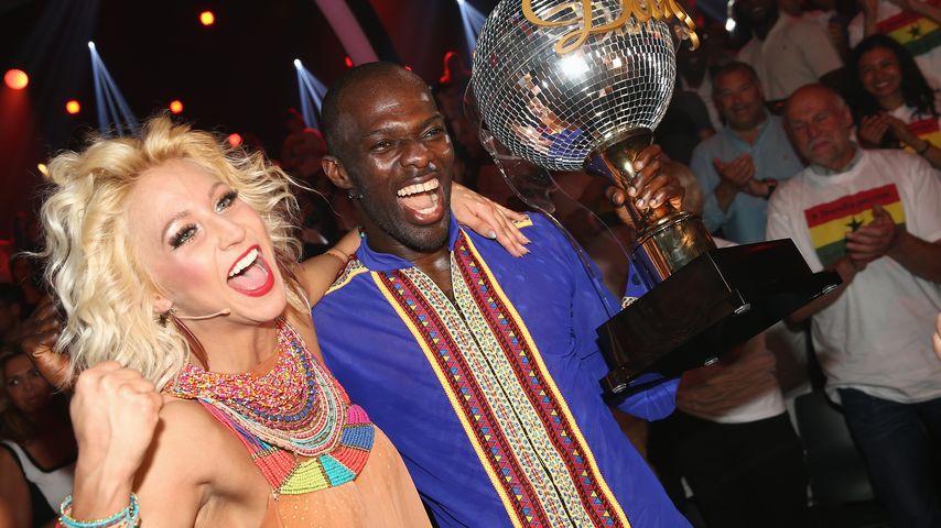 """""""Let's Dance""""-Sieger 2015: Kathrin Menzinger und Hans Sarpei"""