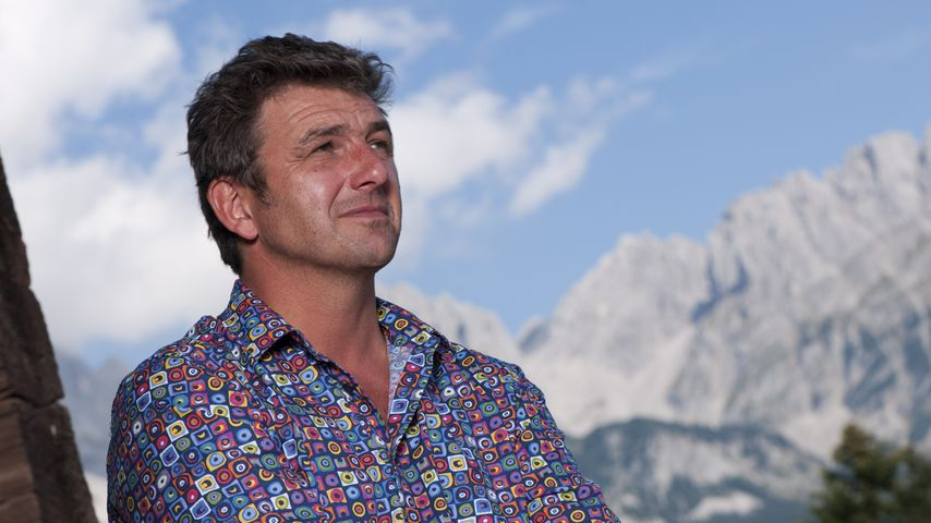 """Hans Sigl am Set von """"Der Bergdoktor"""""""