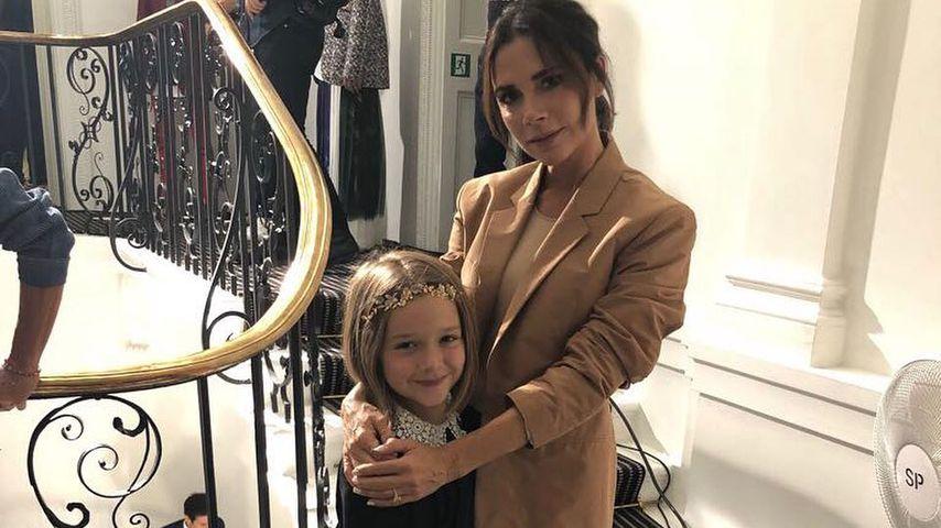 Harper Beckham verzaubert auf Mama Vics Fashion Show