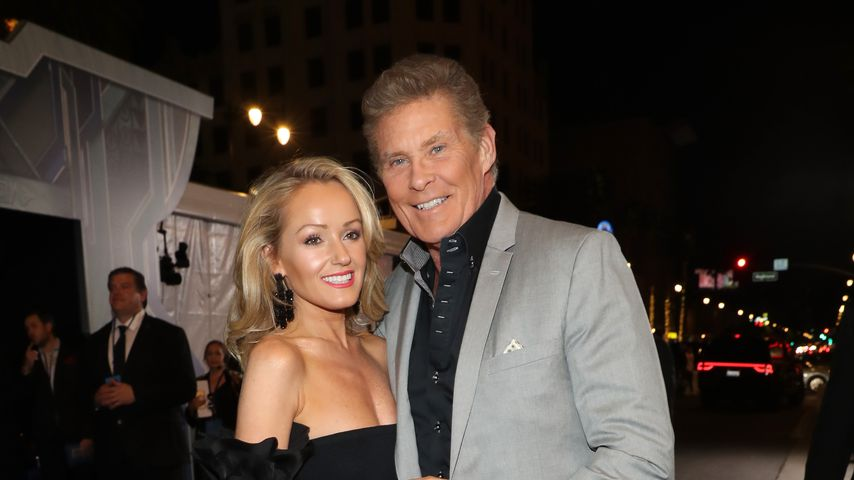 "Hayley Roberts und David Hasselhoff bei der ""Black Panther""-Premiere in Los Angeles"