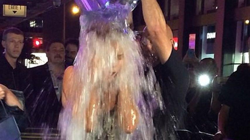 """Heidi Klum bei der """"Ice Bucket Challenge"""""""