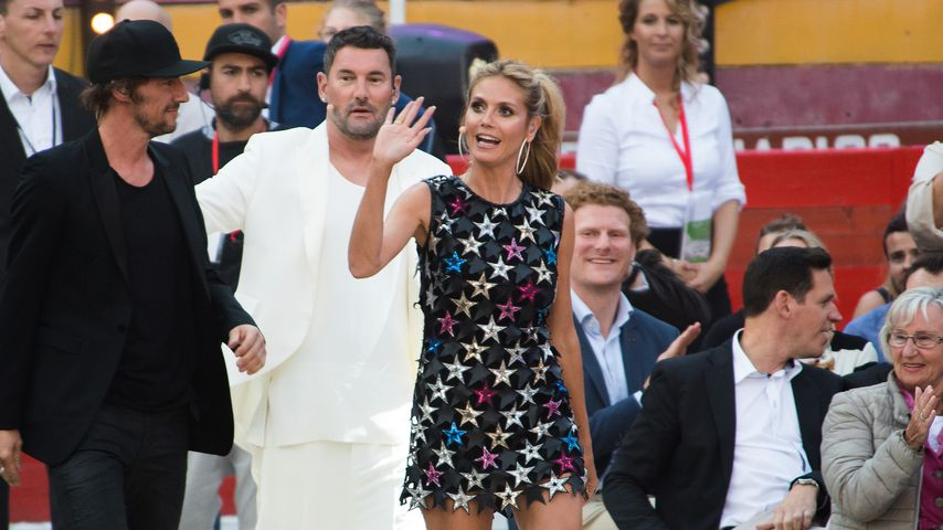 "Thomas Hayo, Michael Michalsky und Heidi Klum während des ""Germany's Next Topmodel""-Finales 2016"