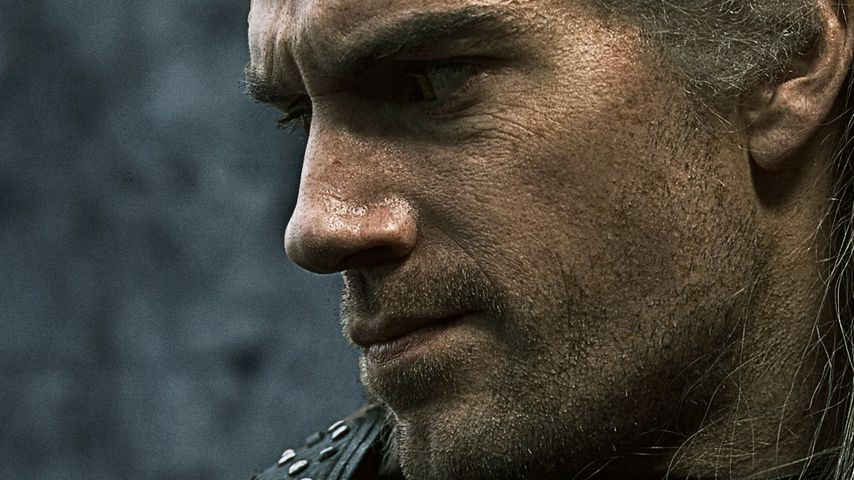 """Lang erwartet: So sieht Henry Cavill als """"The Witcher"""" aus"""
